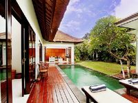 Villa in Seminyak 3 bedrooms 3 bathrooms sleeps 6