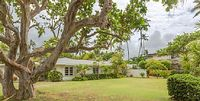 House in Kailua 3 bedrooms 3 bathrooms sleeps 8