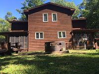 8 bedroom unit for up to 16 people on the Whitefish Chain of lakes in Minnesota