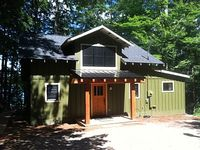Lakefront 2 Bedroom 2 Bathroom Cottage With Large Loft For Additional Guests