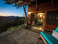 Incredible villa with ocean views in the canopy of SJDS close to surf beaches