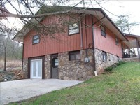 Secluded Hilltop Home-Great for Large Families Group Retreats