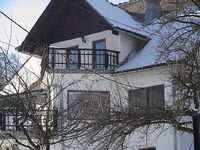 Waltraud House walking distance of Bran Castle and ski slope