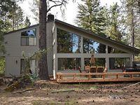 Sunriver Vacation Home-8 SHARC Passes-Pool Table-5th Fairway-Sleeps 14-4 Bdrms+