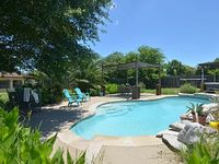 Seven Sisters Lodging-just north of Austin