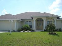 Stunning Large Home On Canal Beautifully Furnished Minutes To Golf Shopping