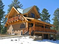Forested 5BR Cabin in the Black Hills w Private Hot Tub