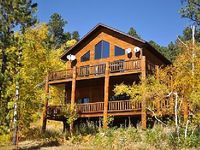 Luxury 3BR Lead Cabin in the Black Hills w Gorgeous Views
