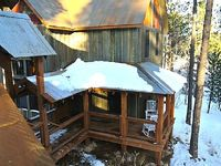Inviting 3BR + Loft Black Hills Cabin Just Minutes from the Ski Slopes Private Hot Tub