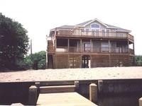 Inn Sea Sun Water-Front Home with Ocean Views