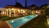Villa in Seminyak 10 bedrooms 8 bathrooms sleeps 16