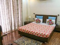 Apartment in Gurgaon 1 bedroom 1 bathroom sleeps 2