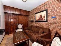 Apartment in New York 3 bedrooms 1 bathroom sleeps 7