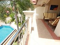 Apartment in Tambon Sattahip 2 bedrooms 1 bathroom sleeps 4