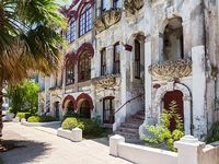 Historic Treasure in Galveston Great for Families Minutes to the Beach