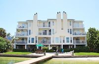 Dexter s Beach Home - 2 fl luxury with 2 spacious balconies 500 from beach