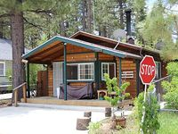 Very Quiet and Cute Cabin For Year Round Usage 2 parking space
