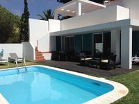 A 2008 3 bed villa in a very private part of Prainha complex with own pool AC