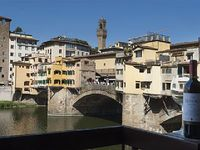 Exclusive Apartment Overlooking Ponte Vecchio