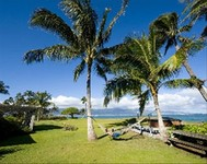 Oceanfront Large Private Beach House - Maui North Shore