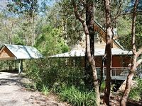 A peaceful haven amongst the wildlife adjacent to Brisbane Forest Park
