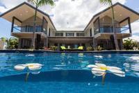 Superbe Villa peut accueillir 8-10 avec piscine priv e
