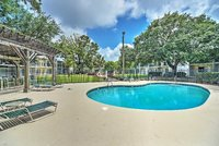 Magnifiquement meubl 1BR Condo Ocean Springs w Wifi Marina amp Pool Access - Minutes Biloxi Gulfport Plages amp More