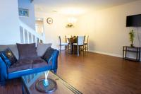 Lovely 2 bedroom Townhome shadow