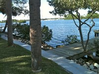 Quiet Waterfront Home Golfe-acc s