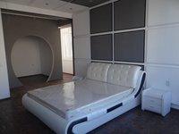 Luxe appartement de deux chambres dans le centre-ville