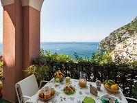 House with terrace sea view and parking space 5 minutes from Positano downtow