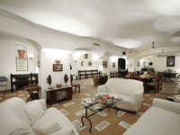 Villa Marion near Sorrento is 500m2 large it can accommodate up to 14 guests