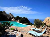 Vlla with a private pool sea-view 4 bedrooms 3 bathrooms garden