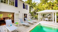 3BR 3BA Old Town Home + Pool Parking near Duval 29 night minimum stay