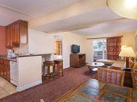 Desert Rose Resort 2 bedrooms 2 bathrooms sleeps 6 maximum