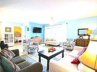 8 Steps to the Sand of Siestas Best Beach House 2 Bedrooms 1 Bath Sleeps 8