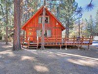 Cabin 3 Bedrooms 2 Baths Sleeps 6