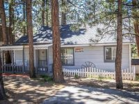 Pines 23 Cozy 1 BR Central Cabin Walk To Lake BBQ