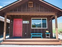Boutique- Efficiency Cabins Studio style accommodations with kitchen
