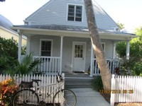 Sea Breeze- A unique 3 bed 2 bath Cottage in the Truman Annex