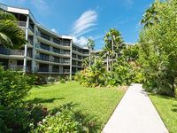 IN GOOD SPIRITS 2Bd 2Ba Sleeper Sofa Huge Community Pool Overlooks Ocean