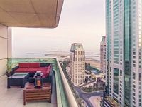 Luxury 2 Bed Apt with Floor-to-Ceiling Views of JBR Beach and SKyDive Dubai