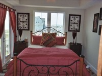 Condo 1 Bedroom + sofa bed s futon s 1 25 Baths Sleeps 2-4