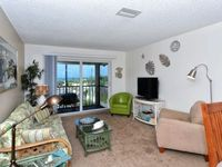 Fourth floor tropical inspired decorated 2b 1b great views of gulf of mexico