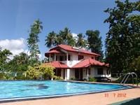 4 bedrooms 3 bathrooms veranda balcony private pool 7 x 14 m beautiful garde