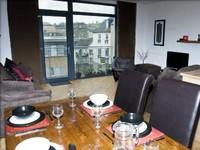 2 Bedroom apartment sleeps 4 with views towards Arthurs Seat and Calton Hill