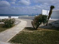 Great house on the water at 35 km from Tunis
