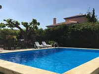 4 Bed 2 Bathroom House with private pool between Seville and golden beaches