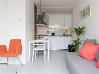 Fresh and inviting studio apartment for up to four people located in Amsterdam s authentic Old Wes
