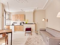 Contemporary two bedroom apartment that can accommodate four guests located on one of the canals i